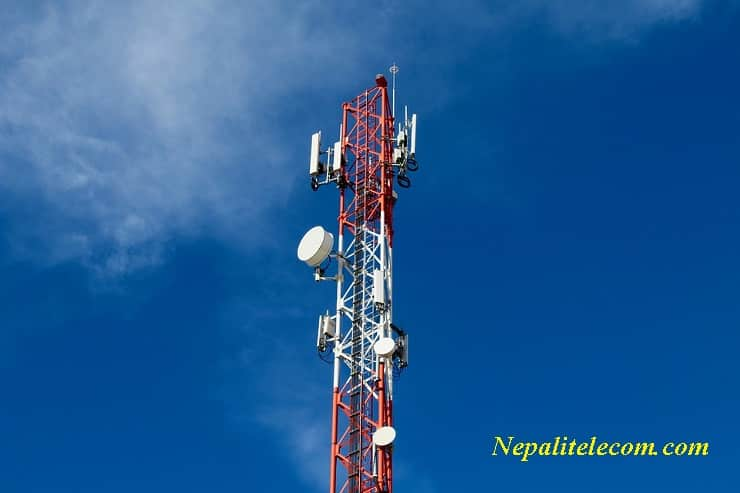 Why do mobile network become problematic during disaster situation?