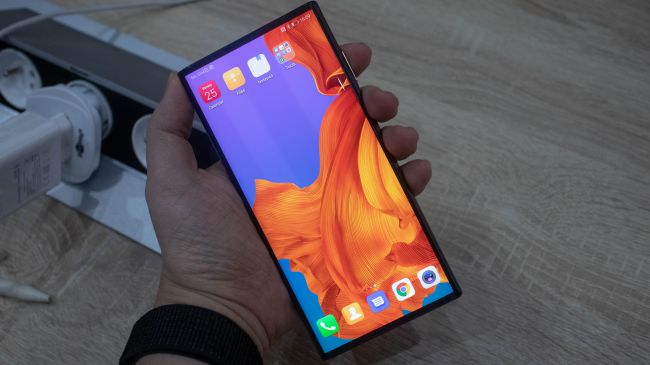 HUAWEI Mate X launched, a 5G Foldable Phone at MWC