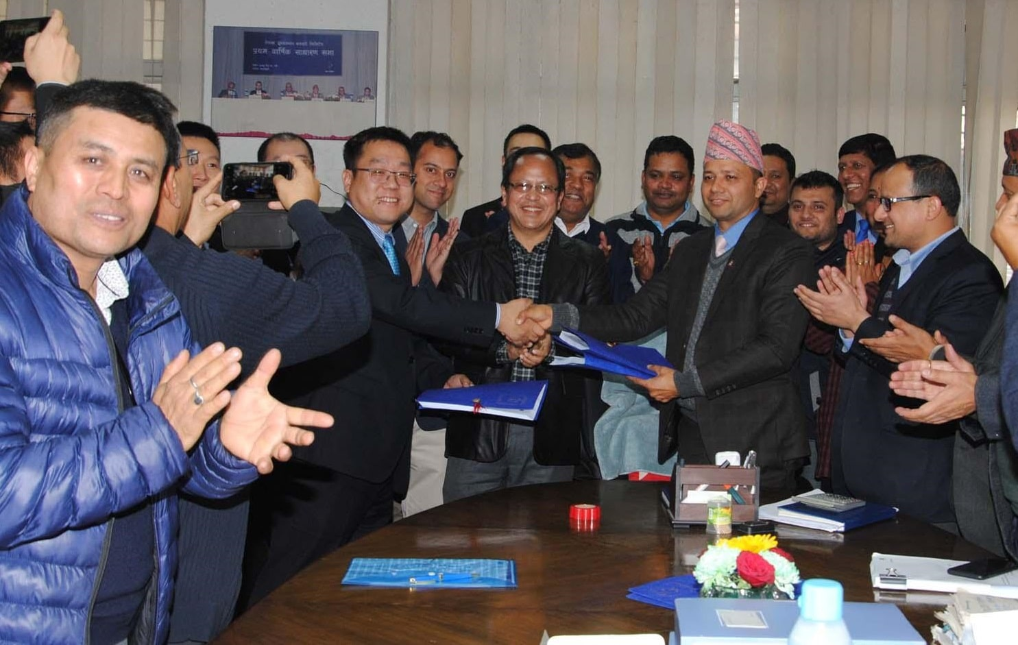 Ntc finally makes 4G LTE contract for whole Nepal