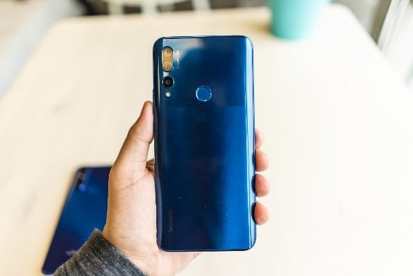 Huawei Y9 Prime 2019 to come with pop-up camera.